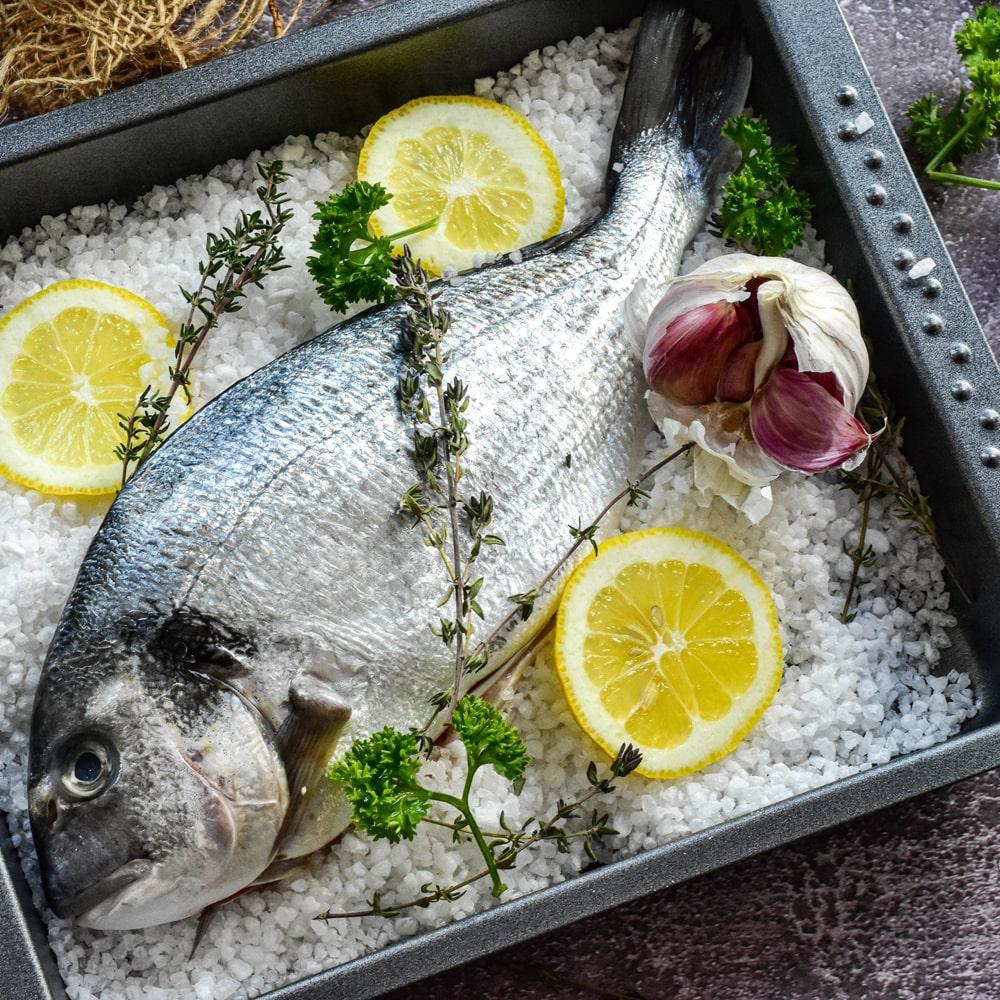 Fisch und Fischprodukte zweimal wöchentlich essen