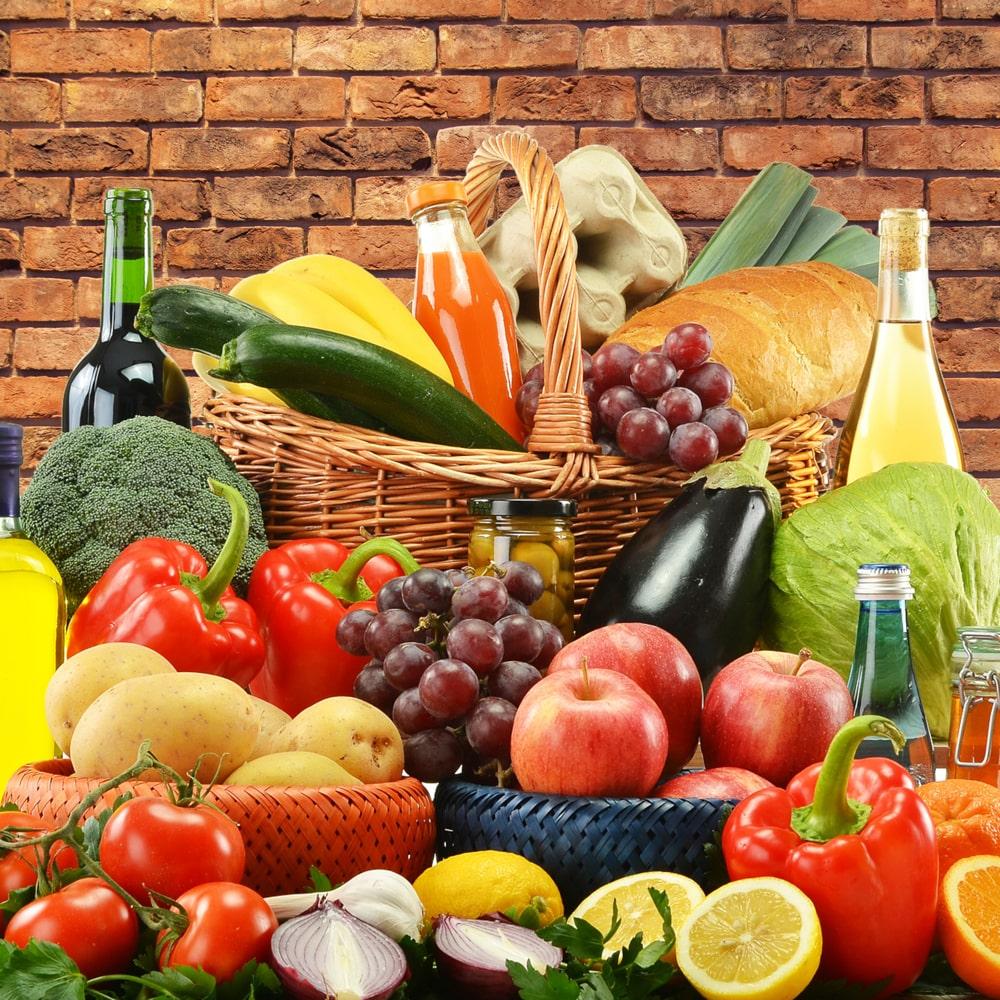 Diabetes und ausgewogene Ernährung Obst und Gemüse.